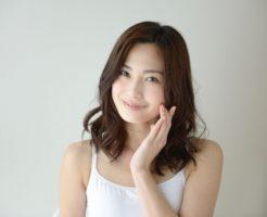 鼻ニキビの原因と治し方